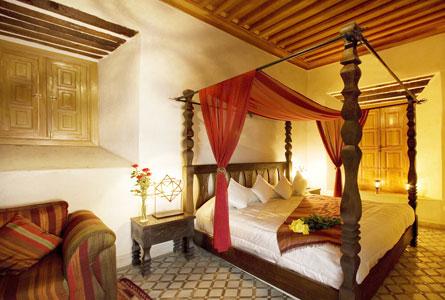 Baldacchino marocco articolo prodotto marocchino letto baldacchino marocco in legno di cedro tornit - Letto a baldacchino in legno ...