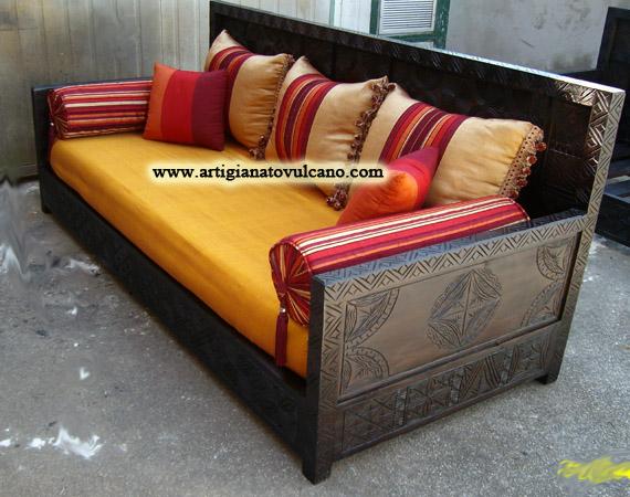 Sofa marocchino articolo prodotto marocchino divano marocchino in legno di cedro intagliato con - Mobili marocchini ...