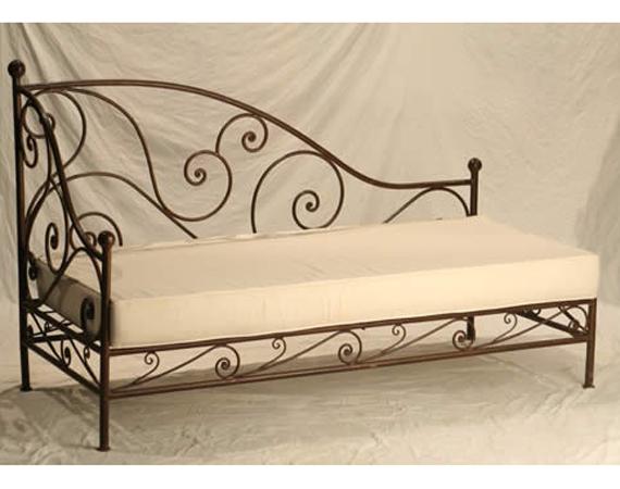 Artigianato su misura arredo in ferro sofa 39 in ferro for Arredo e sofa