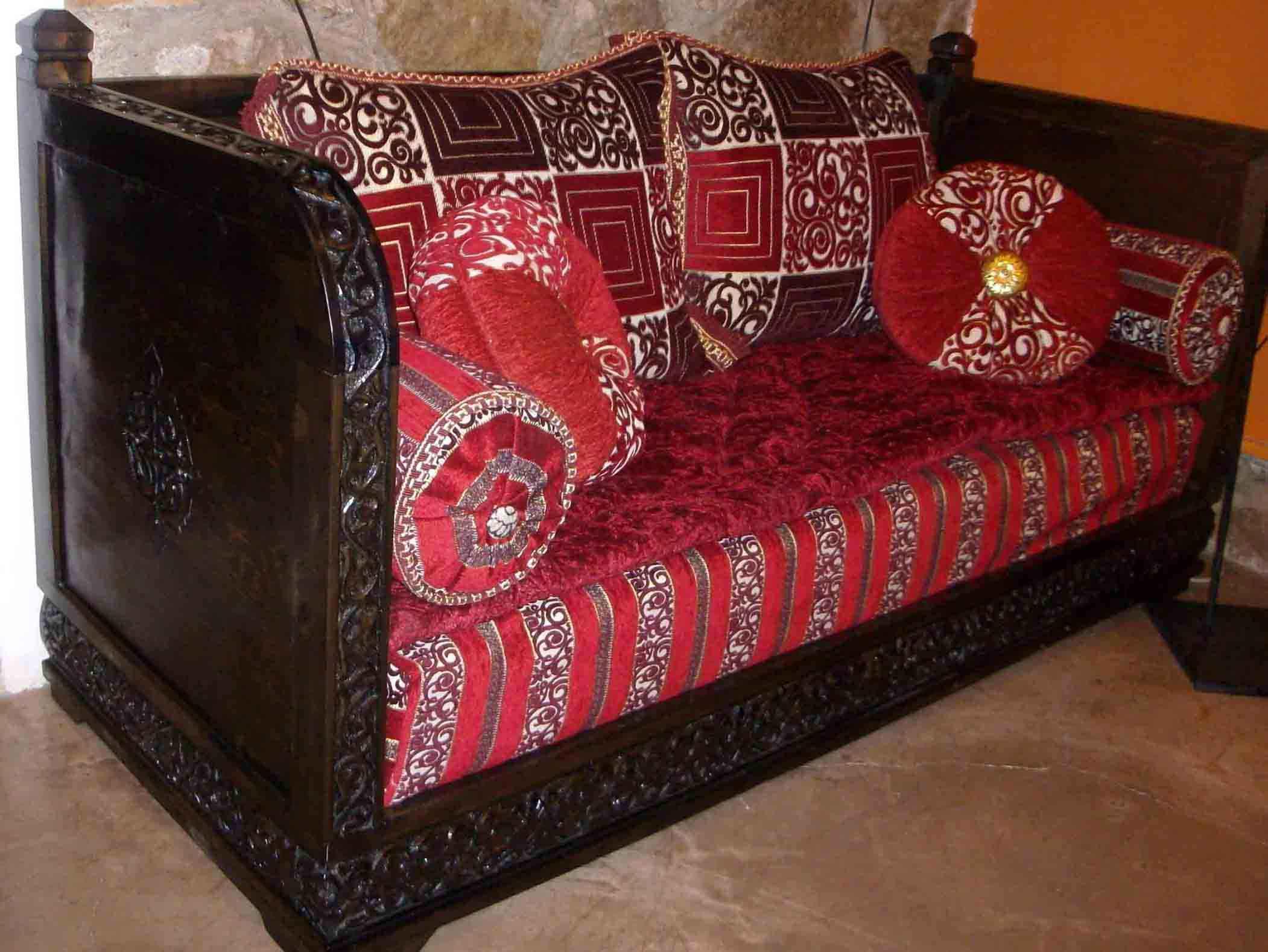 Prodotti arredo in legno di artigianato su misura articoli etnici marocchini ed orientali - Mobili marocchini ...